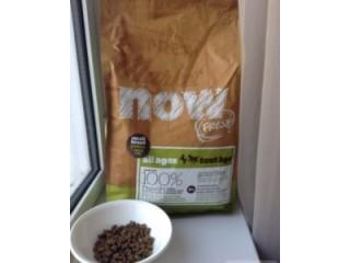 Корм для кошек и собак Now, от канадского производителя кормов для домашних животных класса холистик